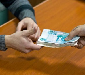 Одно из особенностей исламского предпринимательства - сумма договора не меняется, независимо от того, смог заказчик рассчитаться вовремя или нет. Штрафные санкции и пени не применяются.